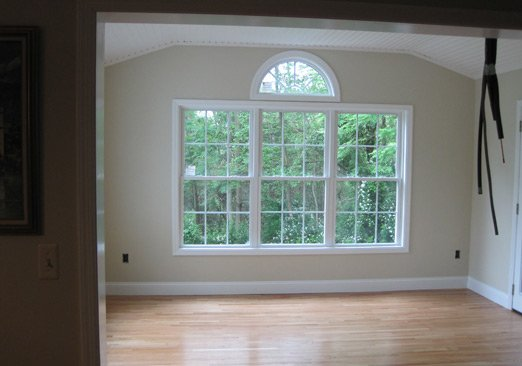 Double Hung Window With Cut-Ups